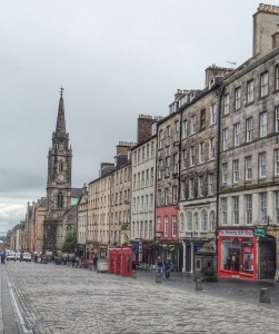 Edinburgh High Street Shops